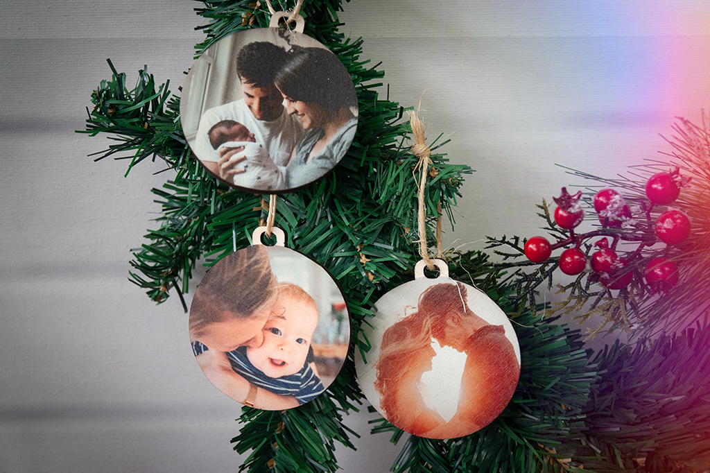 PACK 3 BOLAS DE NAVIDAD (Ø 7CM) Esta Navidad te vas a lucir!!